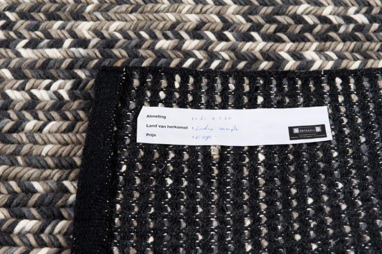 India Agra black/white vloerkleed (sample) Brokking Vloerkledenspecialist.nl IJsselstein
