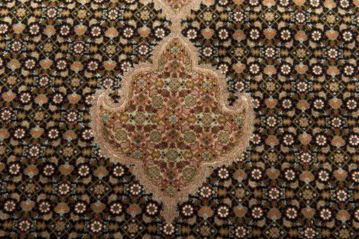 Tabriz Iran detail2 - Brokking Vloerkledenspecialist