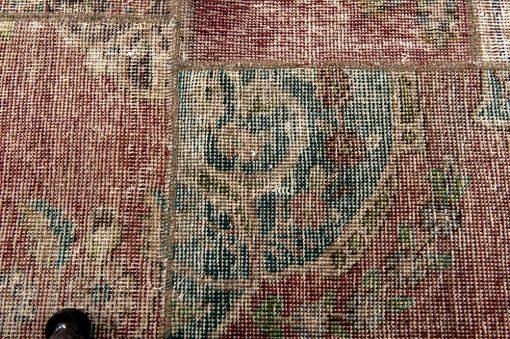 Iran patchwork vintage detail1 - Brokking Vloerkledenspecialist
