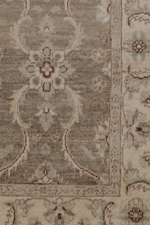 Classic Ziegler vloerkleed uit Pakistan detail | Brokking Vloerkledenspecialist