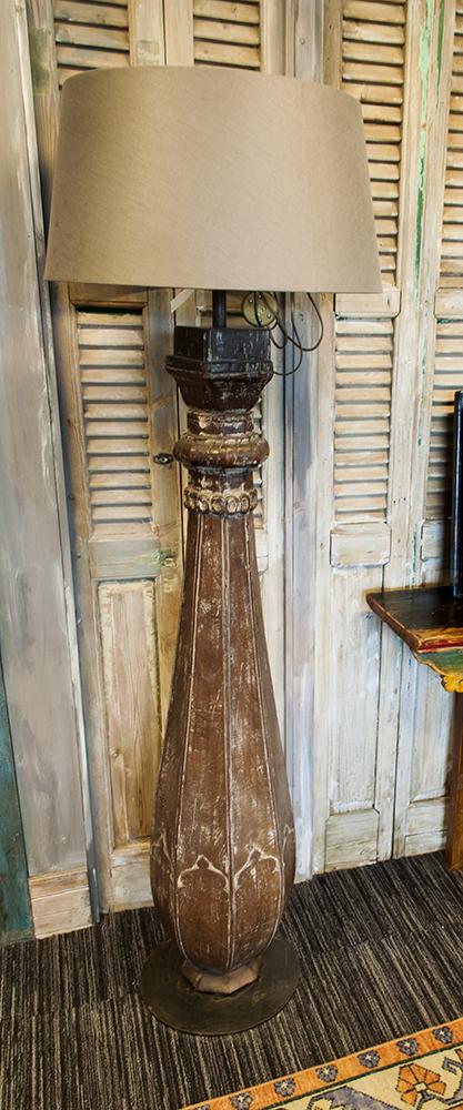 Hardhouten lamp Indonesia accessoire Brokking Vloerkledenspecialist.nl IJsselstein (133)