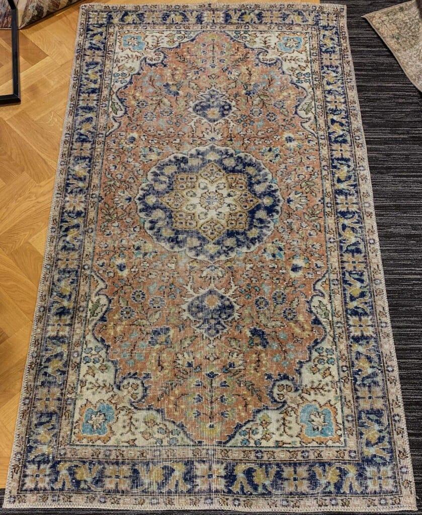 Kleurrijk blauw vintage vloerkleed