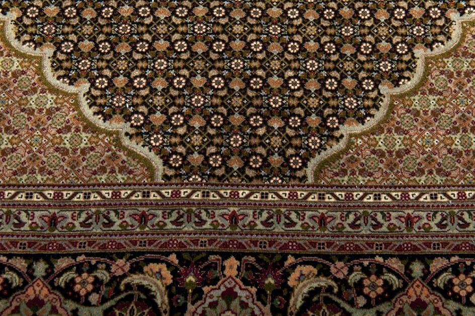 Tabriz Iran detail1 - Brokking Vloerkledenspecialist