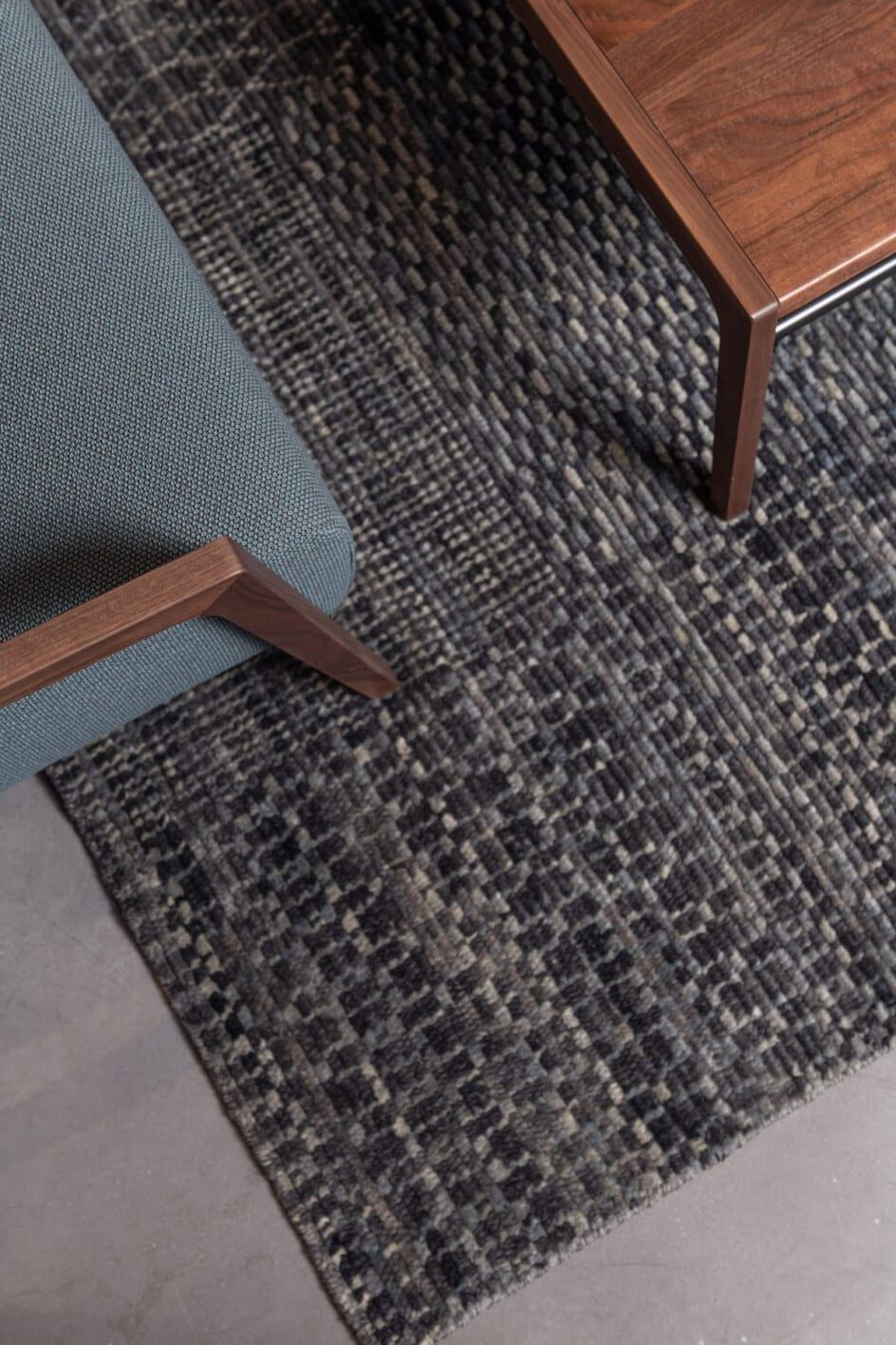 umbra fields grijsblauw vloerkleed Brokking harvink meubels detailfoto