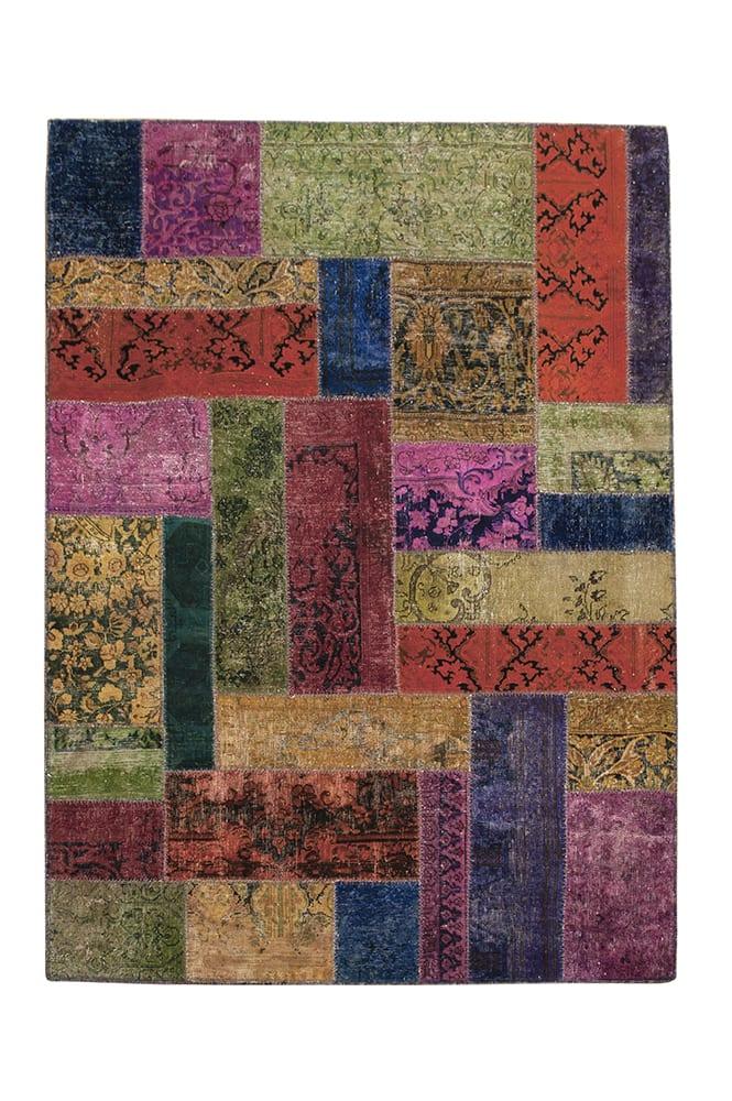 Patchwork recoloured vloerkleed uit Iran