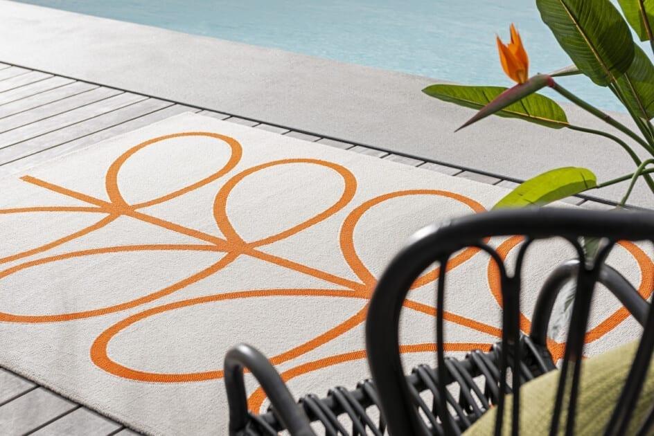 Orla Kiely outdoor vloerkleed Giant linear stem persimmon